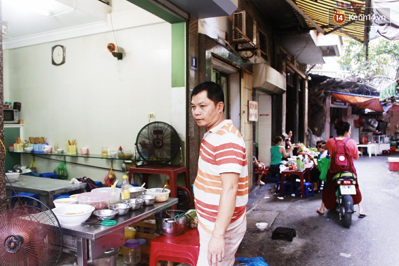 Quán miến trộn mực vừa ngon vừa thân thiện, hút khách Hà Nội 10 năm qua - Ảnh 11.
