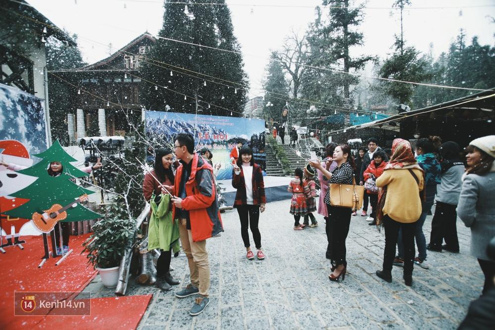 Có ai vừa tận hưởng Giáng sinh tại Lễ hội Tuyết lớn nhất Sapa 2016 không? - Ảnh 3.