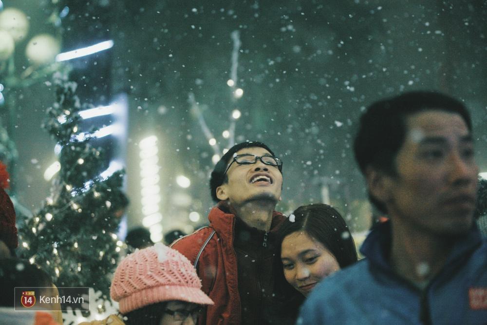 Có ai vừa tận hưởng Giáng sinh tại Lễ hội Tuyết lớn nhất Sapa 2016 không? - Ảnh 16.
