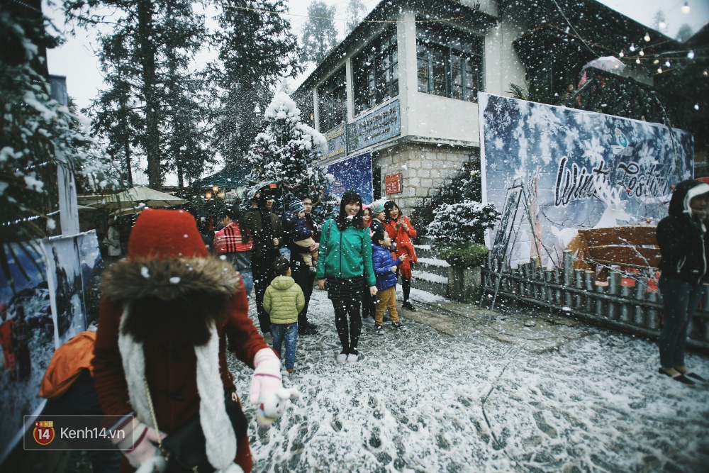 Có ai vừa tận hưởng Giáng sinh tại Lễ hội Tuyết lớn nhất Sapa 2016 không? - Ảnh 1.