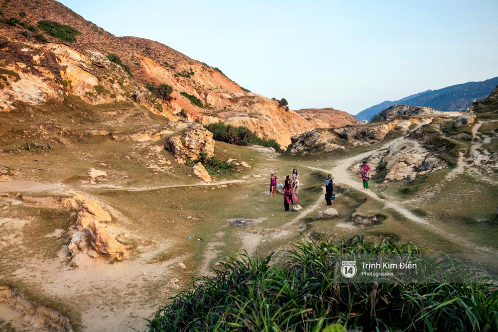 Hãy đến Eo Gió hè này để tận mắt nhìn tuyệt tác thiên nhiên ngay giữa Việt Nam mình - Ảnh 4.