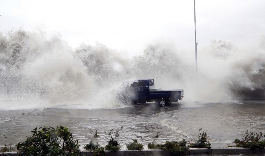 Cảnh tượng ngập lụt, đổ nát kinh hoàng sau bão tại siêu đô thị Busan của Hàn Quốc - Ảnh 9.