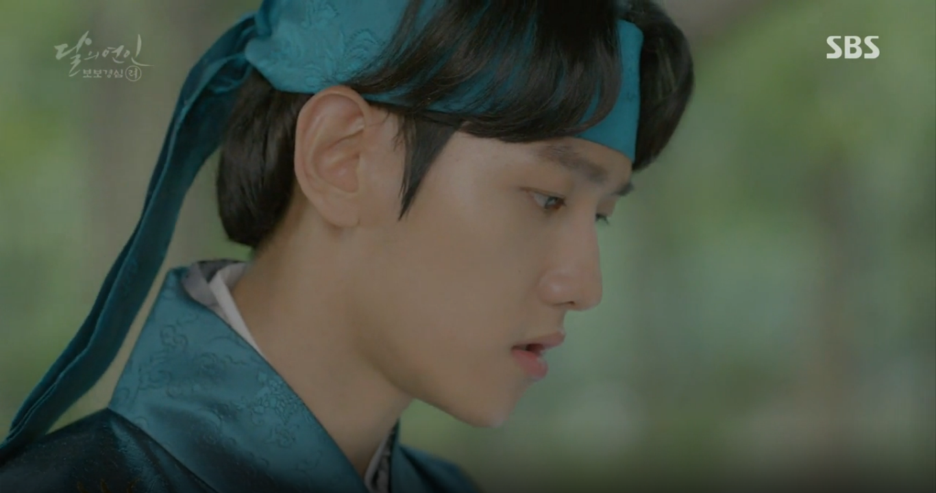 Moon Lovers: Anh Tư Lee Jun Ki xấu số, uống phải trà hạ độc từ chính mẹ mình - Ảnh 32.