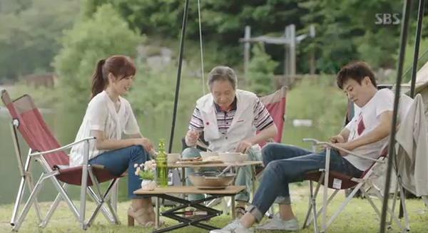"""""""Doctors"""": Yoon Kyun Sang bày tỏ tình cảm của mình với tình địch Kim Rae Won - Ảnh 14."""