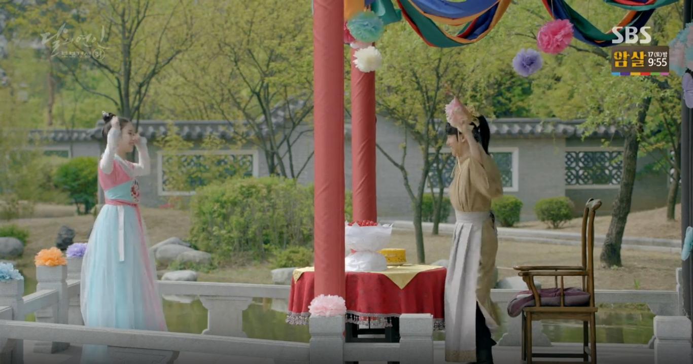 Moon Lovers: Tứ hoàng tử Lee Jun Ki chính thức hạ chiếc mặt nạ trước mặt IU - Ảnh 7.