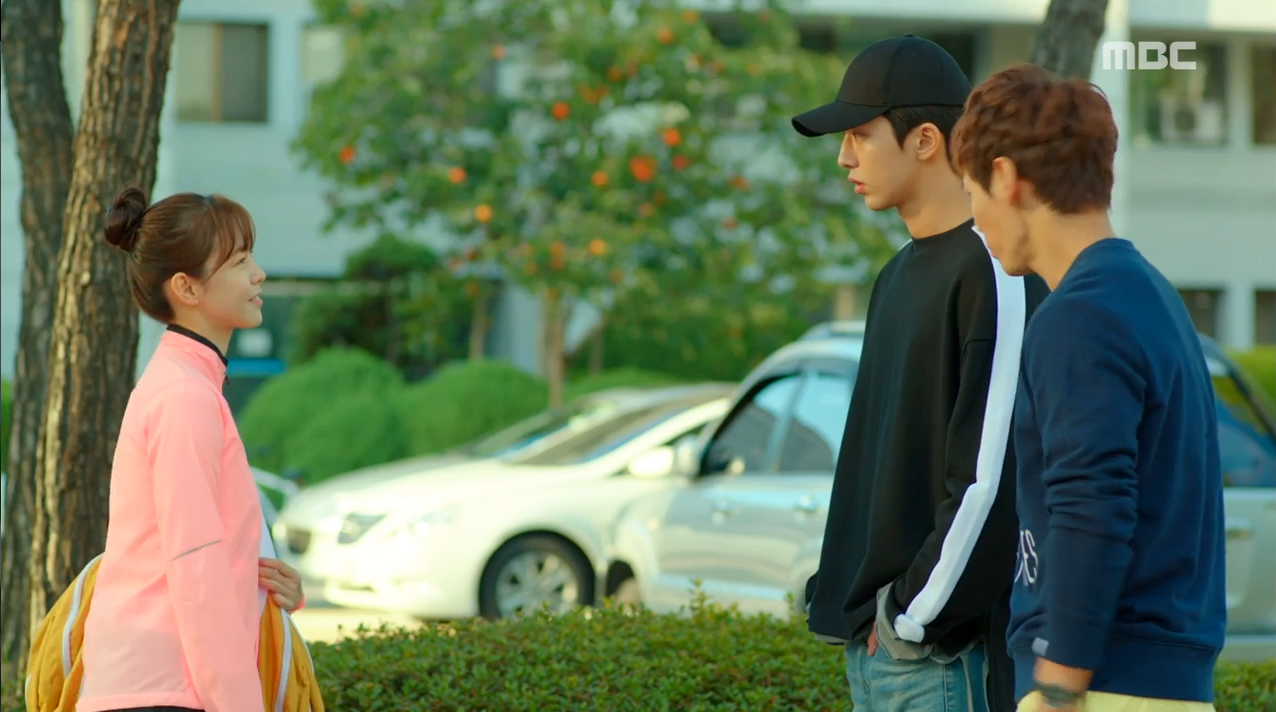 """""""Tiên Nữ Cử Tạ"""": Lee Sung Kyung và Nam Joo Hyuk chưa gì đã thành """"oan gia ngõ hẹp"""" - Ảnh 31."""