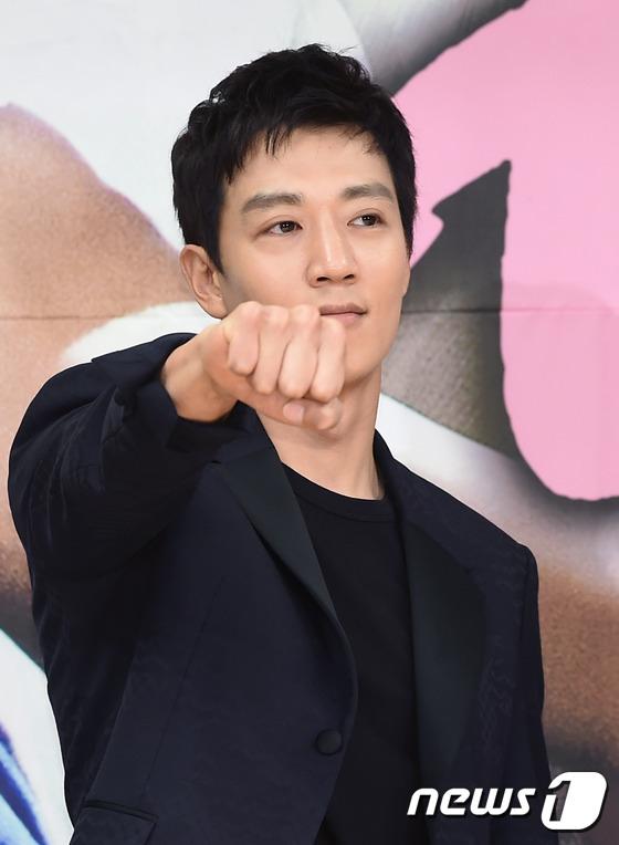 Park Shin Hye bị Lee Sung Kyung ghen tị vì Kim Rae Won - Ảnh 24.