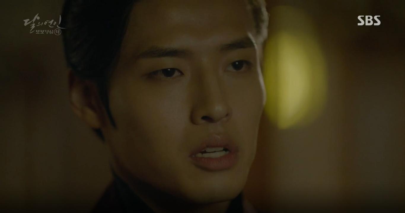 """Moon Lovers: """"Anh Tư"""" Lee Jun Ki tái hiện lại cảnh che mưa kinh điển trong Bộ Bộ Kinh Tâm! - Ảnh 15."""