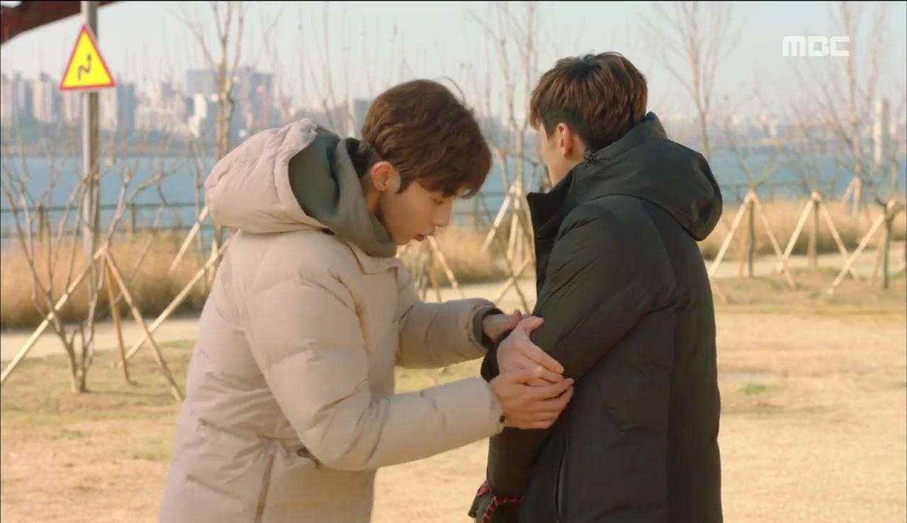 Tiên Nữ Cử Tạ: Sau tất cả, Lee Sung Kyung bật khóc nức nở trên vai Nam Joo Hyuk - Ảnh 30.