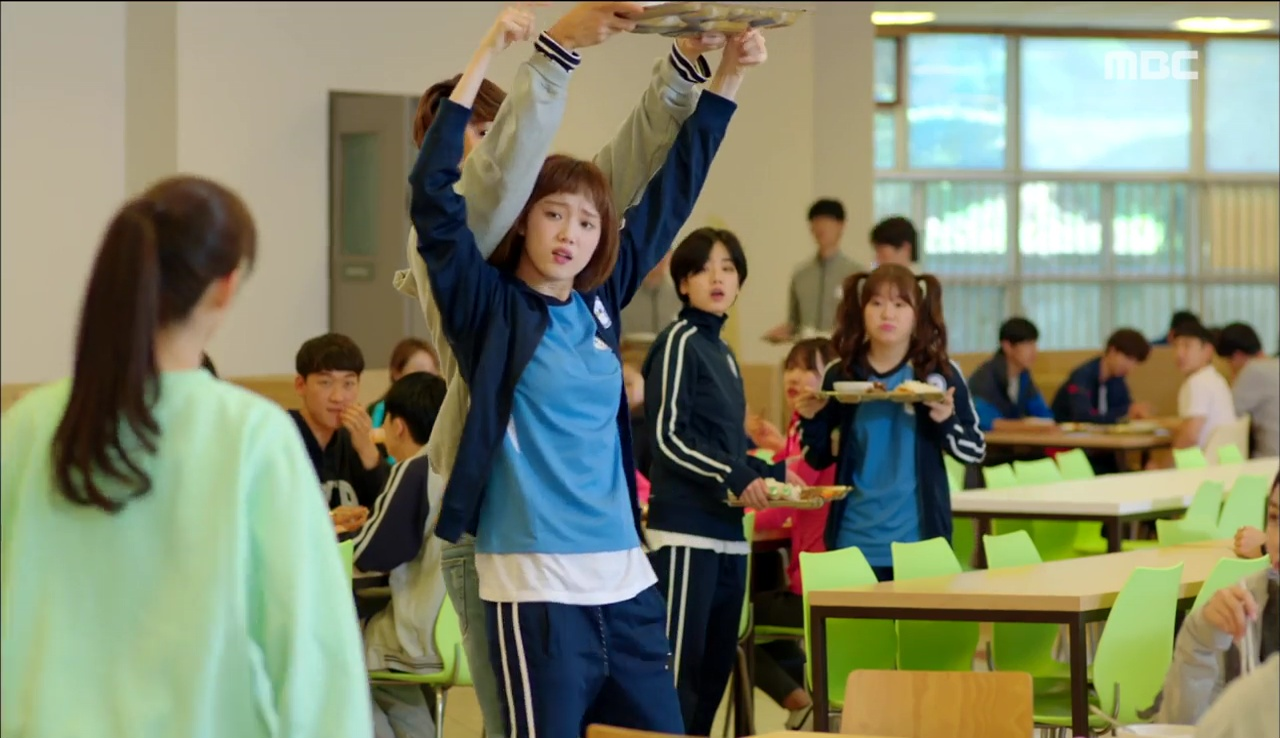 Tiên Nữ Cử Tạ: Cứ skin-ship thế này, Nam Joo Hyuk sẽ sớm phát ghen vì Sung Kyung! - Ảnh 32.
