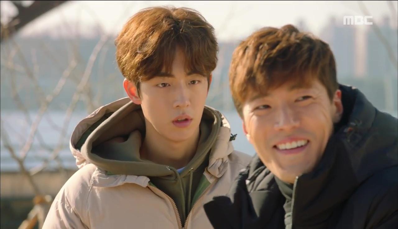 Tiên Nữ Cử Tạ: Sau tất cả, Lee Sung Kyung bật khóc nức nở trên vai Nam Joo Hyuk - Ảnh 31.