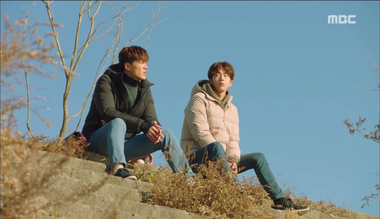Tiên Nữ Cử Tạ: Sau tất cả, Lee Sung Kyung bật khóc nức nở trên vai Nam Joo Hyuk - Ảnh 32.