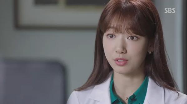 """""""Doctors"""": Xem kìa, Park Shin Hye cuối cùng đã biết ghen! - Ảnh 13."""