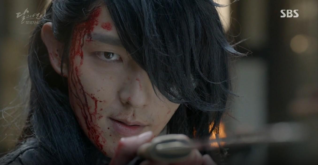 Moon Lovers: Đánh nhau chán chê, hoàng tử Baekhyun lại đột nhiên phải lòng IU - Ảnh 33.
