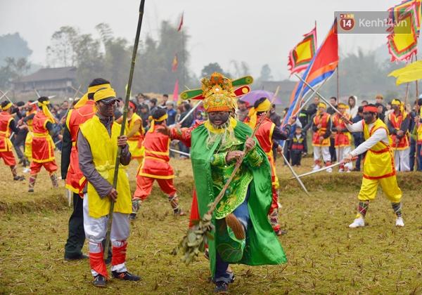 Lễ hội rước của quý độc nhất vô nhị ở Lạng Sơn - Ảnh 4.
