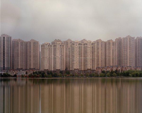 """12 bức ảnh về những """"thành phố ma"""" tại Trung Quốc - Ảnh 3."""