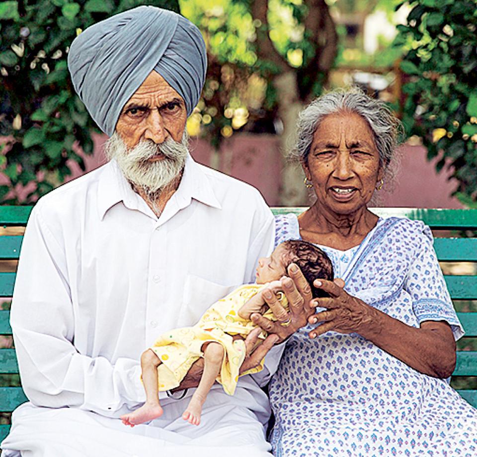 Câu chuyện của bà mẹ 72 tuổi bất chấp tính mạng để sinh con - Ảnh 3.