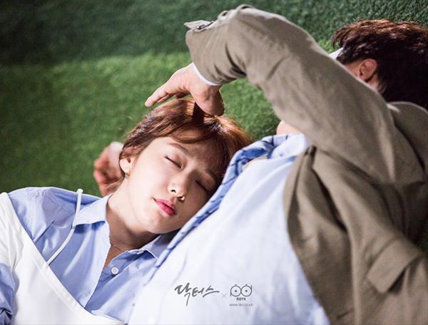 """""""Doctors"""": Yoon Kyun Sang bày tỏ tình cảm của mình với tình địch Kim Rae Won - Ảnh 3."""
