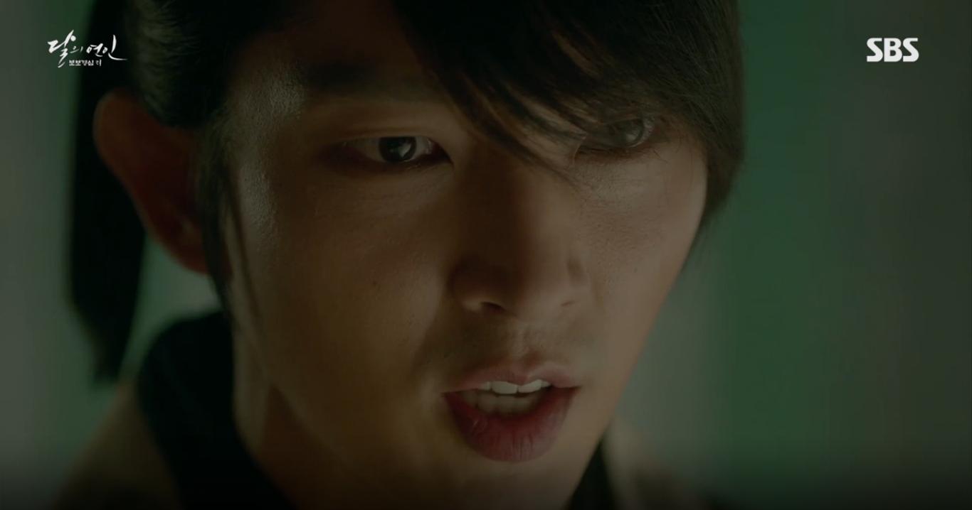 Moon Lovers: Anh Tư Lee Jun Ki xấu số, uống phải trà hạ độc từ chính mẹ mình - Ảnh 22.