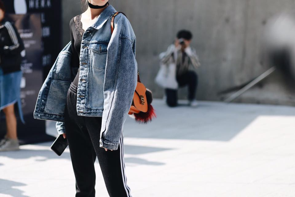 Châu Bùi & Cao Minh Thắng ton-sur-ton, Min diện quần một mất một còn tại Seoul Fashion Week ngày 3 - Ảnh 12.