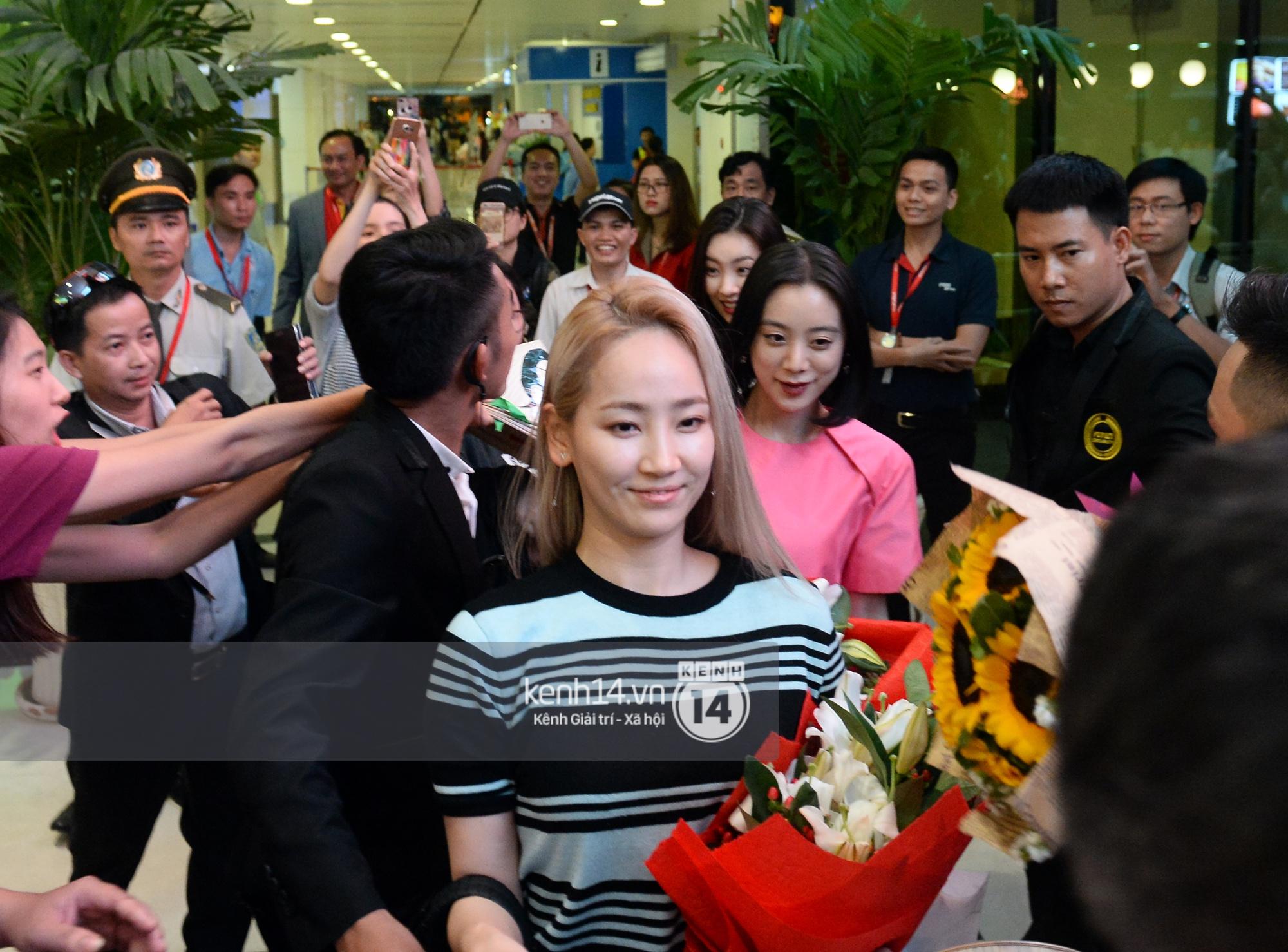 Wonder Girls bay từ Hàn Quốc sang Hà Nội rồi mới vào TP.HCM - Ảnh 5.