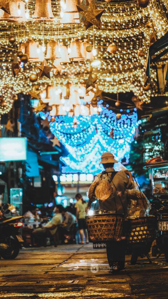 Người Sài Gòn đã tự tay trang trí Giáng sinh cho con hẻm của mình theo cách lãng mạn như thế - Ảnh 7.