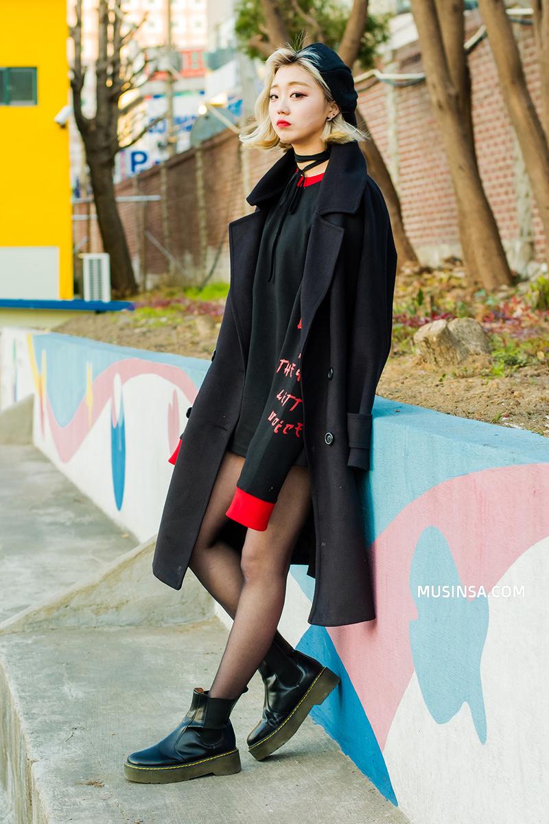 Giới trẻ thế giới sẵn sàng đón năm mới với street style chẳng lồng lộn mà vẫn đẹp rụng rời - Ảnh 7.