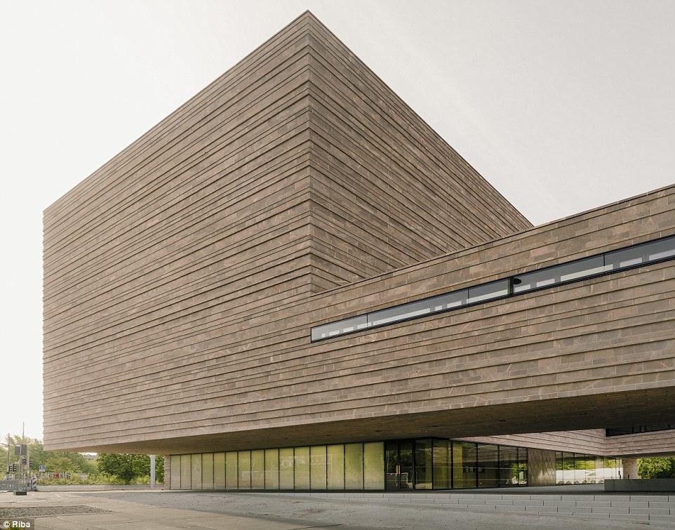 Ngắm nhìn 30 công trình đẹp nhất thế giới, trong đó có nhà trẻ xanh tại Việt Nam - Ảnh 24.