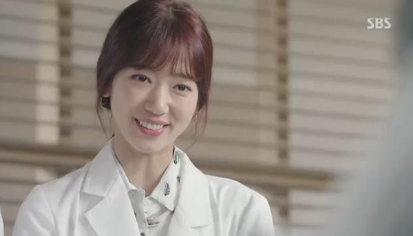 Doctors: Ngày Lee Sung Kyung chơi đểu Park Shin Hye cuối cùng cũng đến - Ảnh 11.