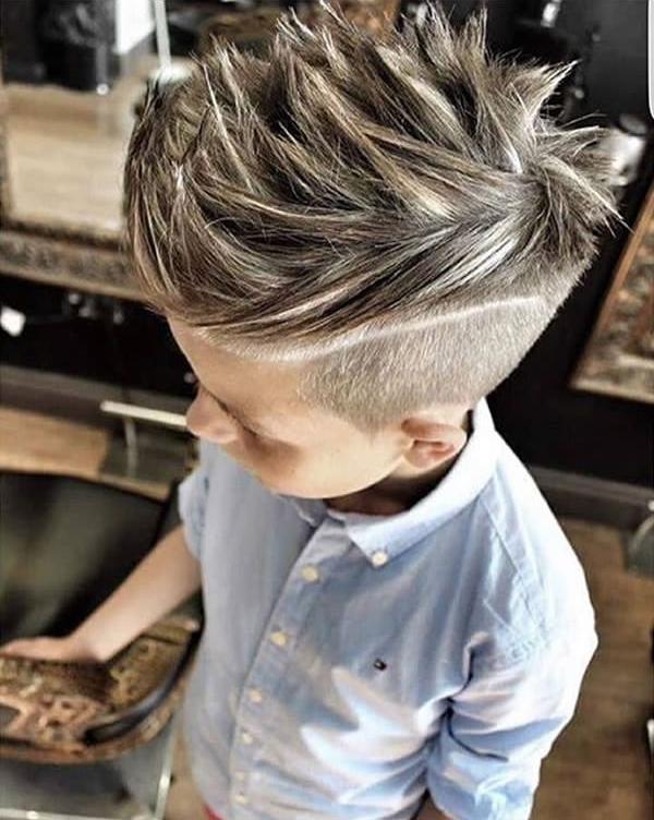 14 cậu nhóc để tóc chất đến nỗi người lớn cũng phải chào thua - Ảnh 3.