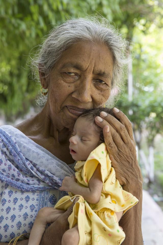 Câu chuyện của bà mẹ 72 tuổi bất chấp tính mạng để sinh con - Ảnh 5.