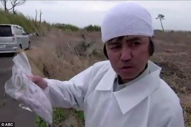 5 năm sau thảm họa Fukushima Nhật Bản, người cha vẫn mòn mỏi đi tìm xác con - Ảnh 4.