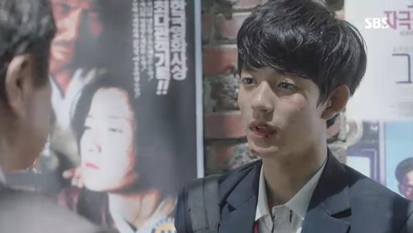 """""""Doctors"""": Yoon Kyun Sang bày tỏ tình cảm của mình với tình địch Kim Rae Won - Ảnh 30."""