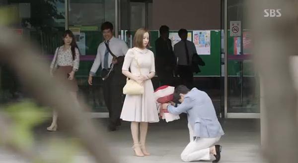 Fan Doctors náo loạn khi Kim Rae Won và Park Shin Hye có nụ hôn đúng tuổi - Ảnh 32.