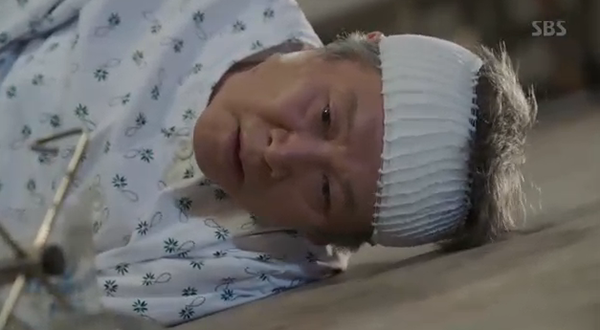 """""""Doctors"""": Xem kìa, Park Shin Hye cuối cùng đã biết ghen! - Ảnh 32."""
