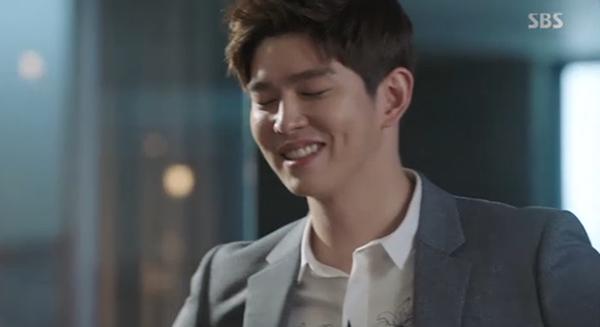 Fan Doctors náo loạn khi Kim Rae Won và Park Shin Hye có nụ hôn đúng tuổi - Ảnh 23.