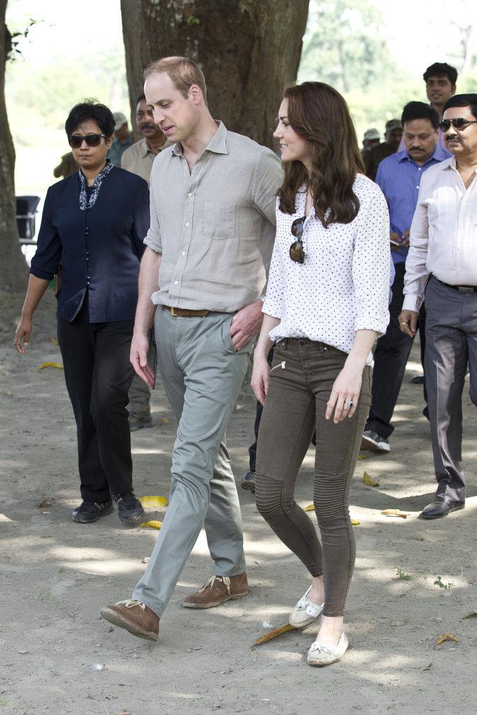 Công nương Kate chi hơn 1 tỉ VNĐ cho 17 bộ đồ trong tuần công du - Ảnh 13.
