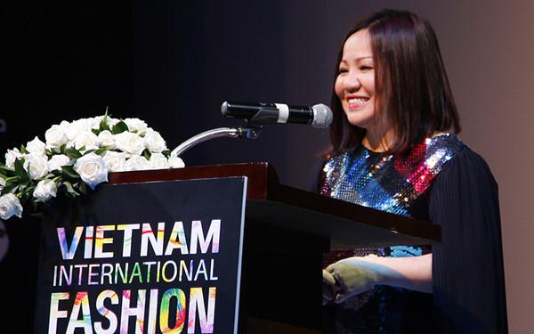 Phía Vietnam International Fashion Week trả lời: Người mẫu không được diễn là do... không đáp ứng được yêu cầu và tiêu chí? - Ảnh 2.