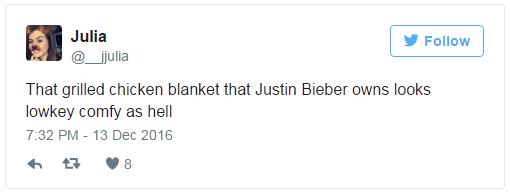 Có một sự giống không hề nhẹ! Chăn lông sang chảnh của Justin Bieber bị ví như món ức gà nướng - Ảnh 6.