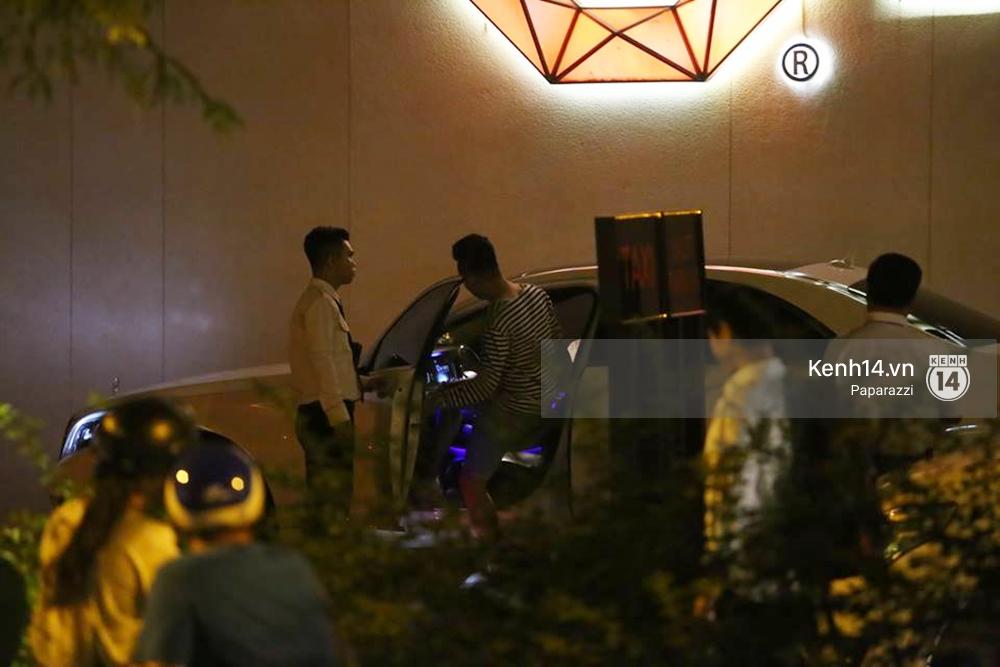 Kết thúc tiệc cưới, Trấn Thành lái xe đưa Hari Won đi ăn đêm - Ảnh 5.