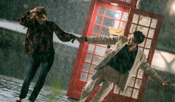 Doctors: Tức cảnh sinh tình, Kim Rae Won khóa môi Park Shin Hye dưới mưa - Ảnh 5.