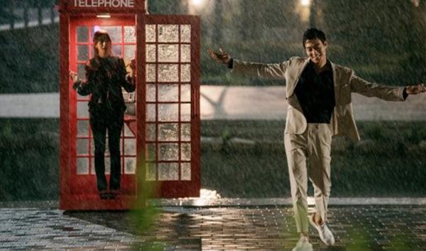 Doctors: Tức cảnh sinh tình, Kim Rae Won khóa môi Park Shin Hye dưới mưa - Ảnh 7.