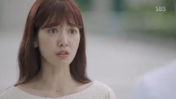 Doctors: Ngày Lee Sung Kyung chơi đểu Park Shin Hye cuối cùng cũng đến - Ảnh 39.