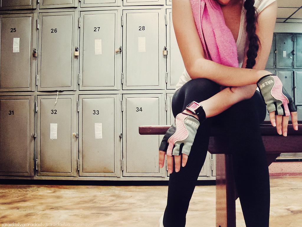 Cẩn thận với các thói quen tập gym khiến làn da xấu đi - Ảnh 3.