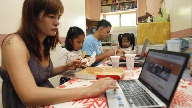 Người Philippines giỏi tiếng Anh thứ 3 châu Á - Ảnh 2.