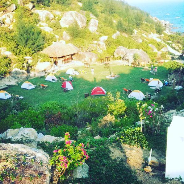 6 địa điểm cắm trại bên biển đẹp và vui hết sảy mà bạn đừng bỏ lỡ - Ảnh 3.