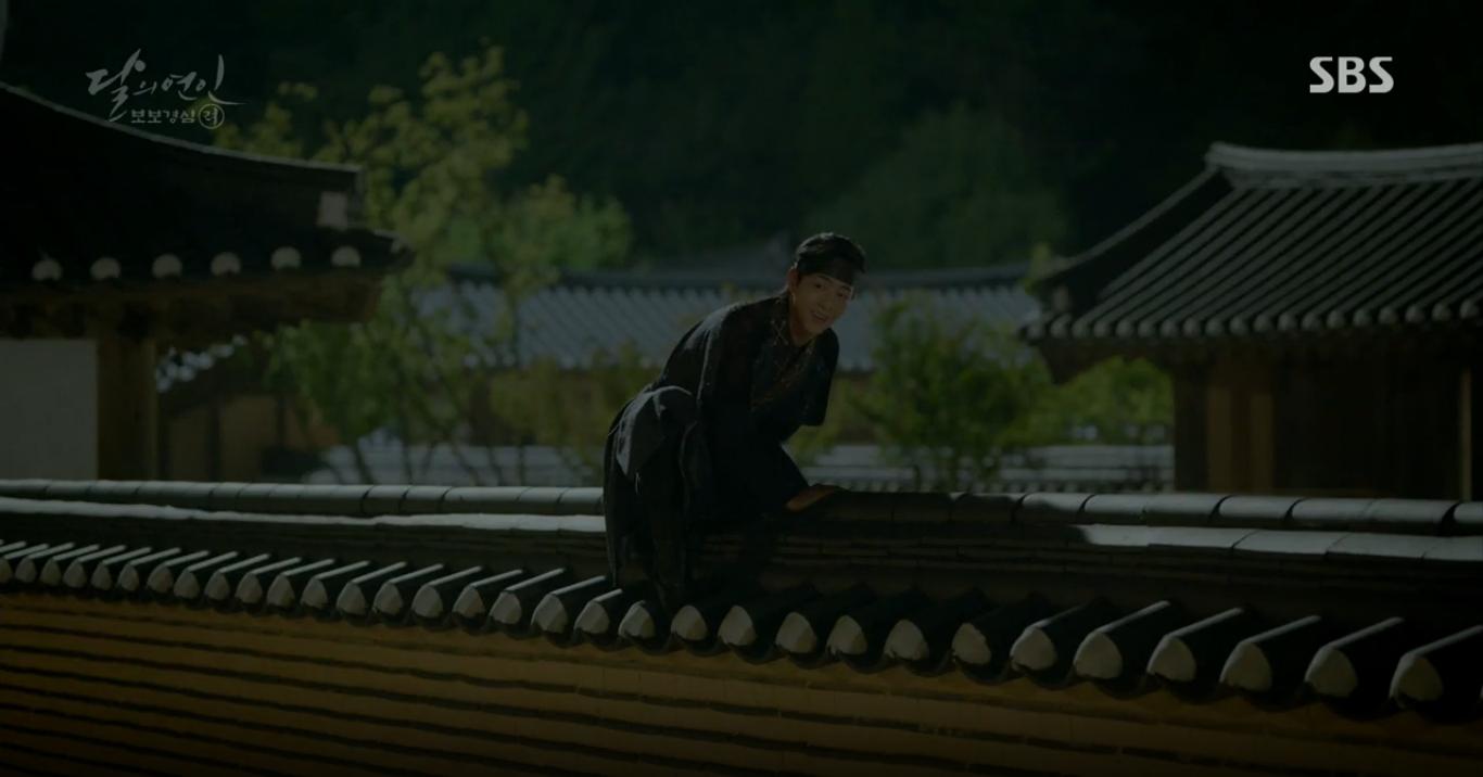 Moon Lovers: Anh Tư Lee Jun Ki xấu số, uống phải trà hạ độc từ chính mẹ mình - Ảnh 5.