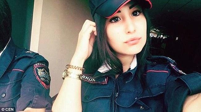 Chùm ảnh: Những nữ cảnh sát xinh đẹp nhất nước Nga - Ảnh 7.