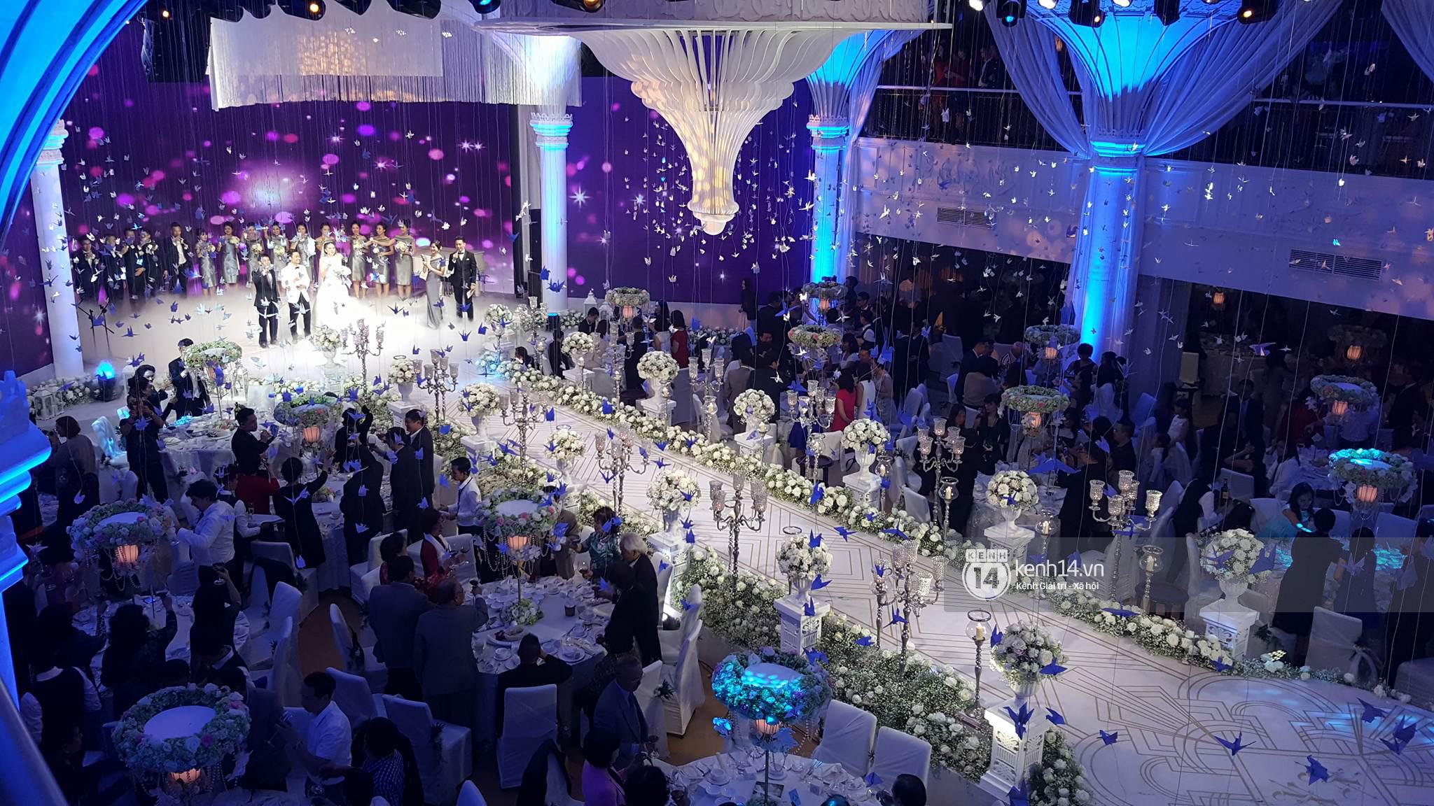 Đám cưới MC Mai Ngọc: Không gian lộng lẫy, cầu kỳ, xứng đáng là đám cưới sang chảnh nhất Hà Nội hôm nay - Ảnh 23.