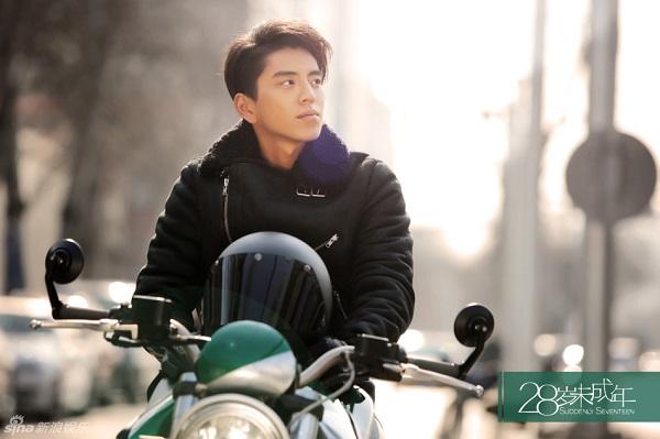Hoắc Kiến Hoa, Nghê Ni trẻ trung bất chấp tuổi tác trong phim mới - Ảnh 8.